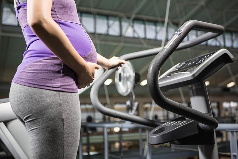 Czy warto trenować w czasie ciąży?