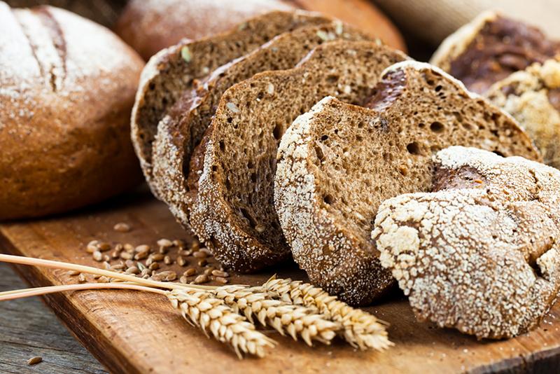 Co jeść zamiast chleba pszennego?